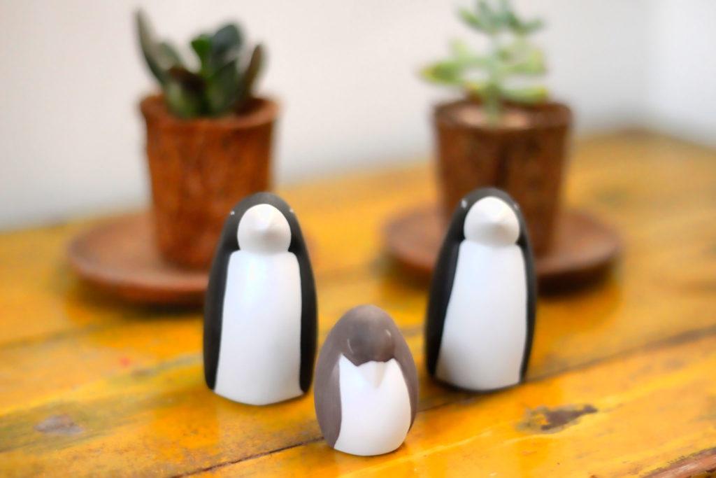 ペンギンの置物