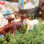 鹿と羊の置物