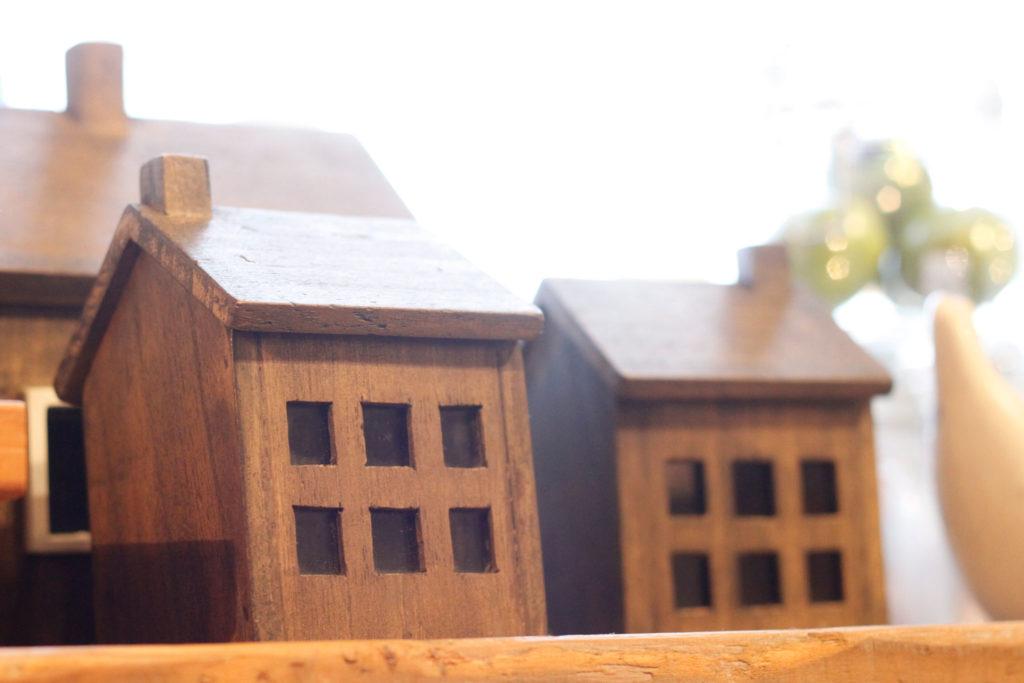 北欧風雑貨 お家の置物