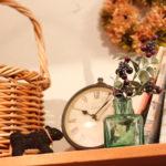 雑貨 ガラスの瓶と時計