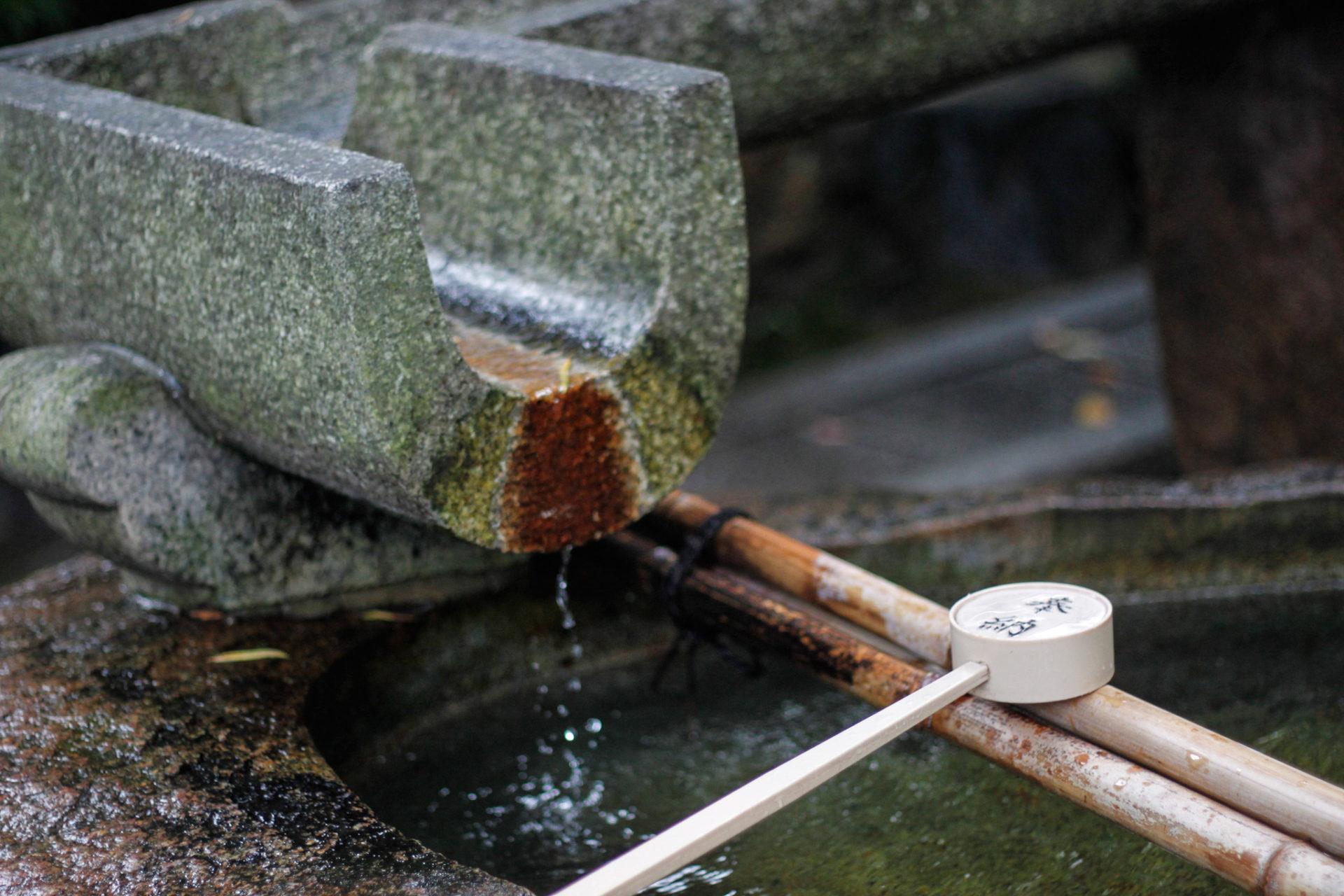 神社の手水舎