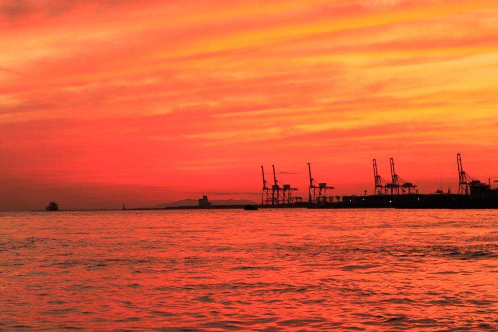 大阪港 埠頭の夕日