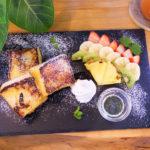 フレンチトーストとフルーツのプレート 1