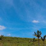 沖縄 石垣島の道路と空 4