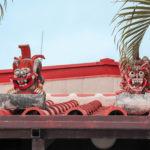 沖縄 竹富島 屋根の上のシーサー 3