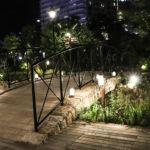 神戸 MOSAICのライトアップされた遊歩道