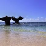 古宇利島 ティーヌ浜の海 ハートロック 4