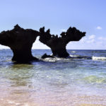 古宇利島 ティーヌ浜の海 ハートロック 2