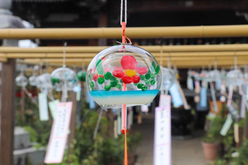 奈良おふさ観音風鈴祭り 花柄の風鈴