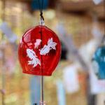 奈良おふさ観音風鈴祭り 赤い風鈴と青い風鈴