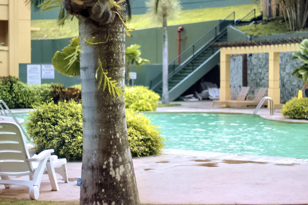 リゾートホテル プールサイド