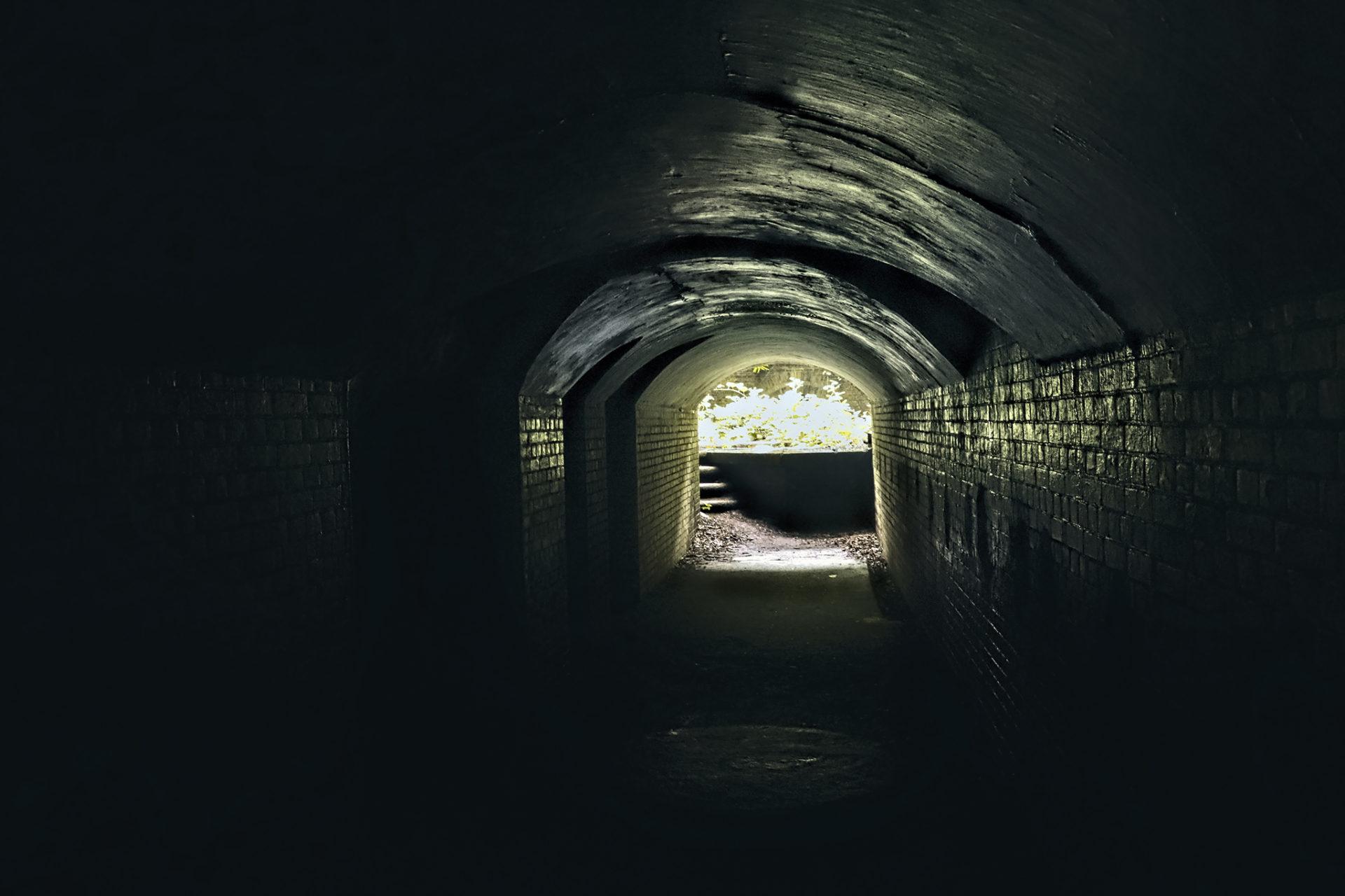友が島 第三砲台 トンネル内部