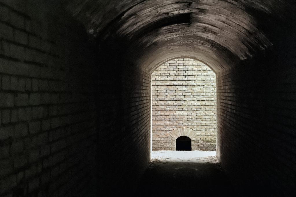 友が島 第三砲台 トンネル内通路