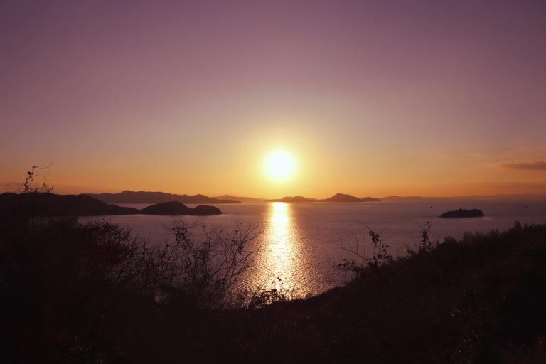 鷲羽山から見た瀬戸内海の夕日