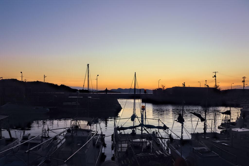 下津井漁港の夕暮れ