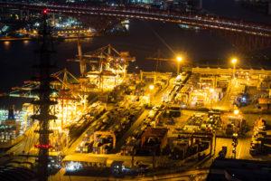 コスモタワー展望台から見た夜の港