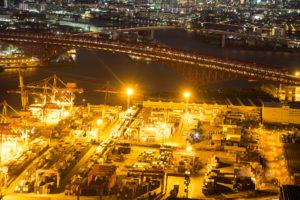 コスモタワー展望台から見た夜の南港大橋