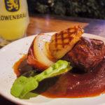 牛肉のローストとフォアグラ