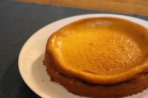 ハンドメイドのチーズケーキ