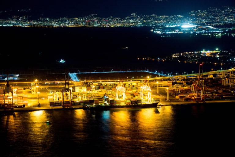 大阪咲洲庁舎展望台から見た大阪湾の夜景