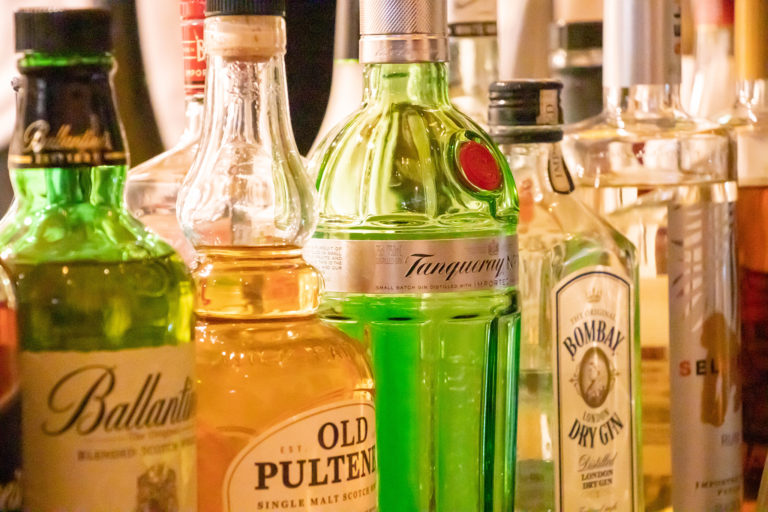 お酒のボトル