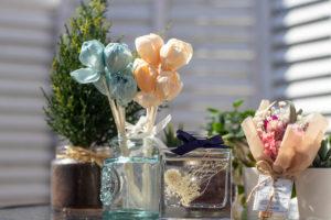 ドライフラワーと造花