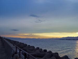 大阪北港 夕方の海