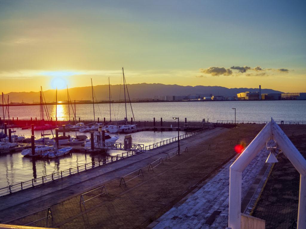 沈む夕日 北港マリーナ