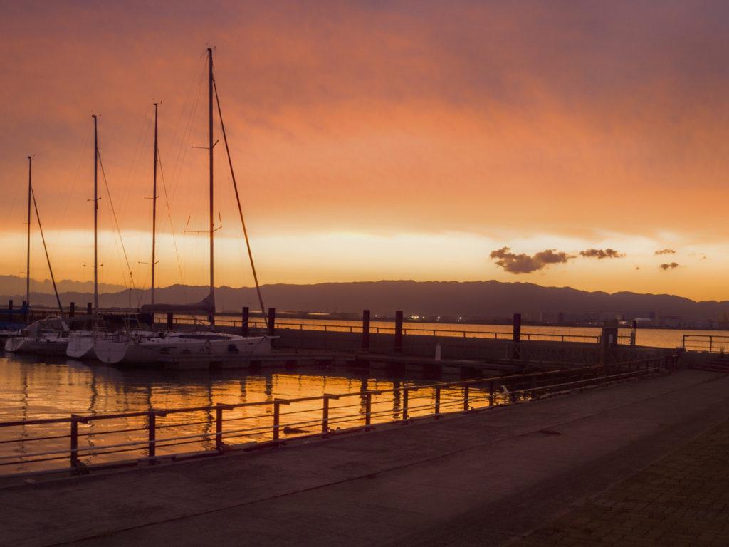 北港マリーナの真っ赤な夕焼け
